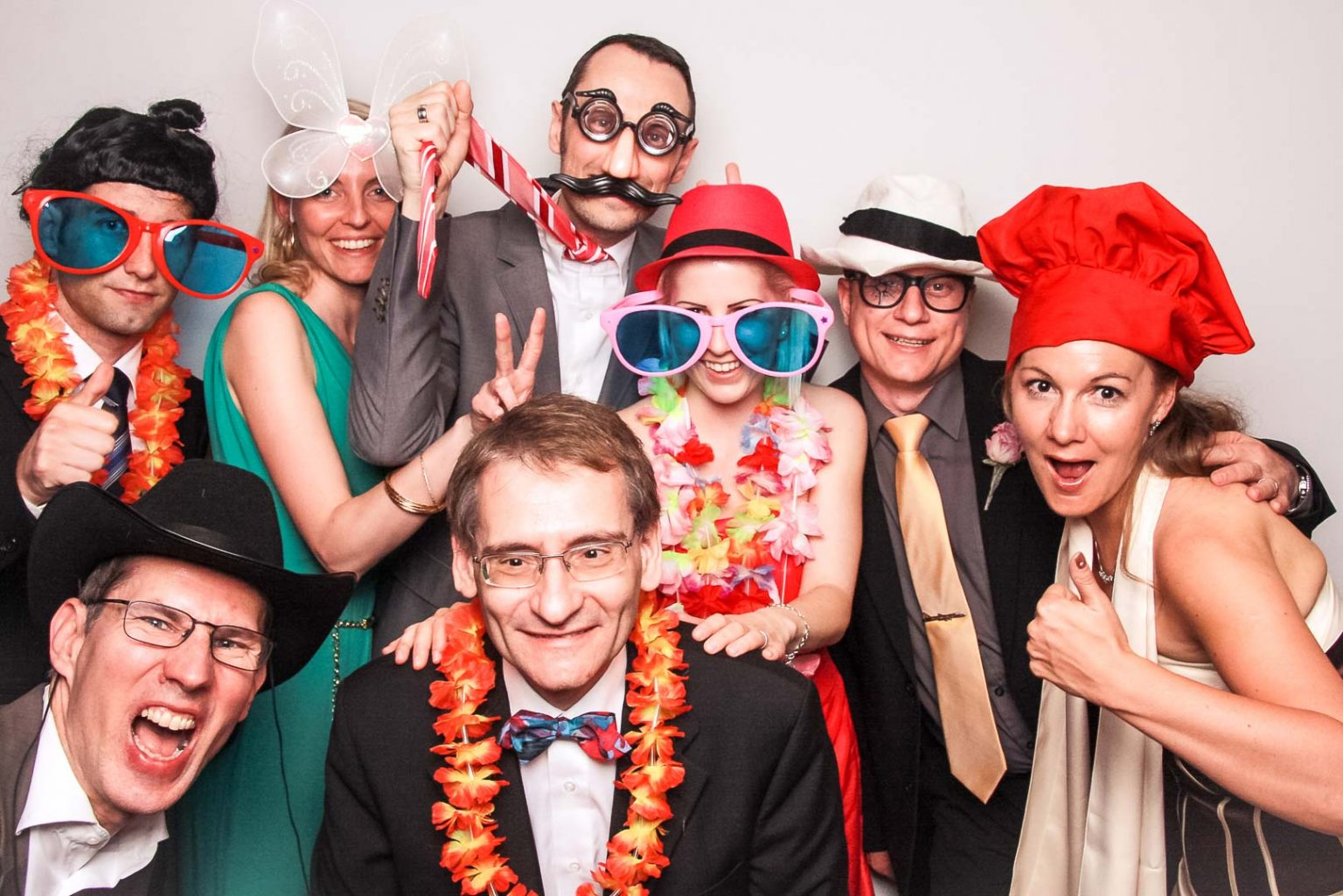 HochzeitsDj Wien, hochzeits dj niederösterreich, dj oberösterreich, dj kärnten, dj burgenland, dj wien, dj salzburg, dj linz, dj graz, fotobox wien, fotobox graz, fotobox burgendland, fotobox linz, fotobox salzburg, SHOWTIME PREMIUM DJ SERVICE Hochzeits DJ Niederösterreich Hochzeits DJ Steiermark Hochzeits DJ Oberösterreich, Hochzeits D jBurgenland, fotobox Hochzeits djS alzburg Fotobox günstig mieten, Zauberspiegel wien, Zauberspiegel mieten, Hochzeitsdj, Eventdj, Veranstaltungstechnik, Karaoke mieten, Zauberer für Hochzeit, Karikaturzeichner, Stelzengeher, Bauchredner, Sängerin für Hochzeit, Saxophonist für Hochzeit, Saxophonist und dj, zauberspiegel salzburg, zauberspiegel wien, zauberspiegel linz, zauberspiegel mieten, zauberspiegel kärnten