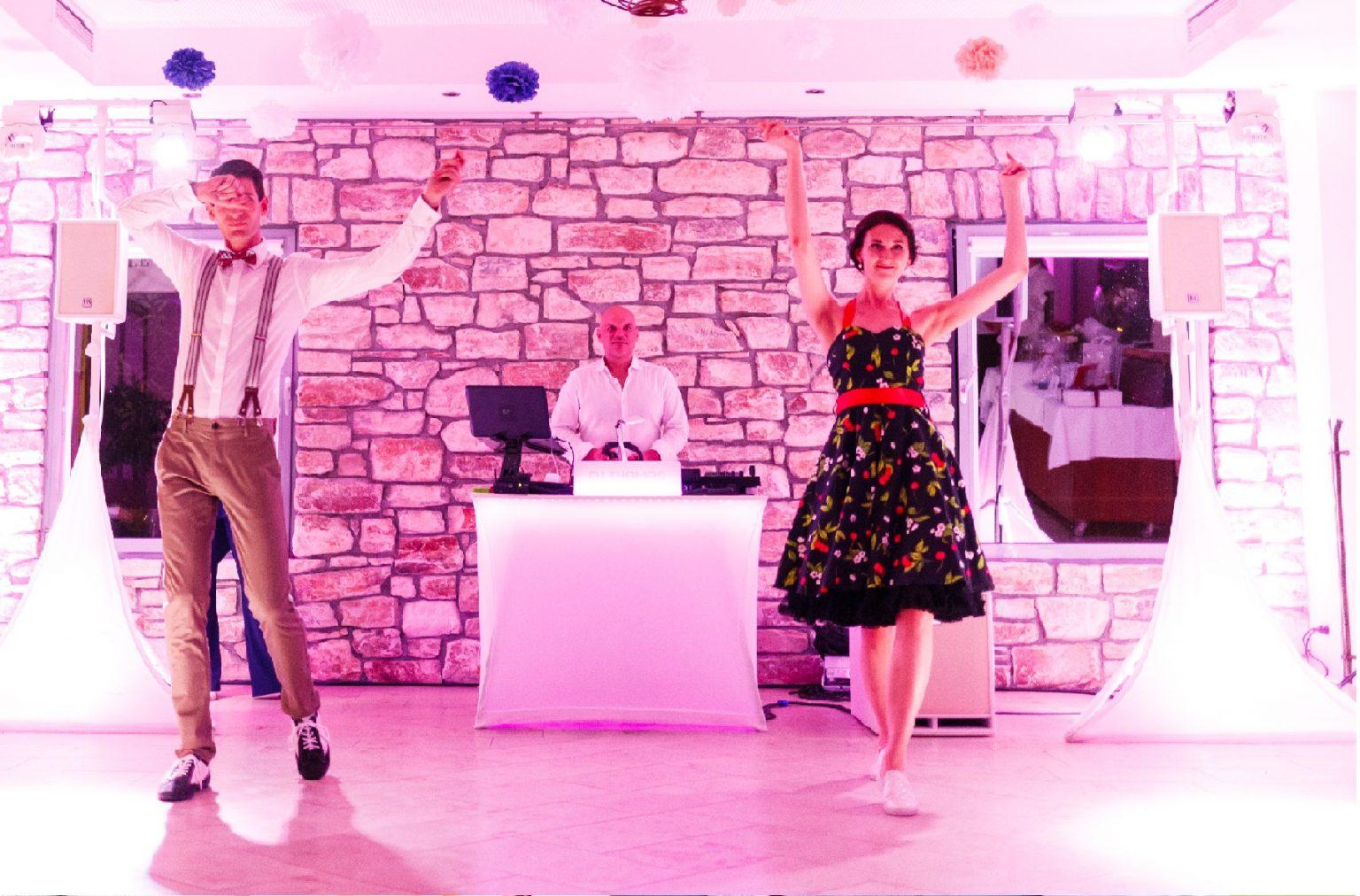HochzeitsDj Wien, hochzeits dj niederösterreich, dj oberösterreich, dj kärnten, dj burgenland, dj wien, dj salzburg, dj linz, dj graz, fotobox wien, fotobox graz, fotobox burgendland, fotobox linz, fotobox salzburg, SHOWTIME PREMIUM DJ SERVICE Hochzeits DJ Niederösterreich Hochzeits DJ Steiermark Hochzeits DJ Oberösterreich, Hochzeits D jBurgenland, fotobox Hochzeits djS alzburg Fotobox günstig mieten, Zauberspiegel wien, Zauberspiegel mieten, Hochzeitsdj, Eventdj, Veranstaltungstechnik, Karaoke mieten, Zauberer für Hochzeit, Karikaturzeichner, Stelzengeher, Bauchredner, Sängerin für Hochzeit, Saxophonist für Hochzeit, Saxophonist und dj, zauberspiegel salzburg, zauberspiegel wien, zauberspiegel linz, zauberspiegel mieten, zauberspiegel kärnten, Weihnachtsfeier, Firmenfeier, Geburtstagsfeier, Firmenevent, Event DJ, Ball, Clubbing, Eröffnung, Catering, Event Möbel, Fotobox mieten günstig, Fotospiegel, Zauberspiegel wien, eventcompany, Showtime, Business Event, Ton und Lichttechnik, Technik mieten, Event Technik mieten,