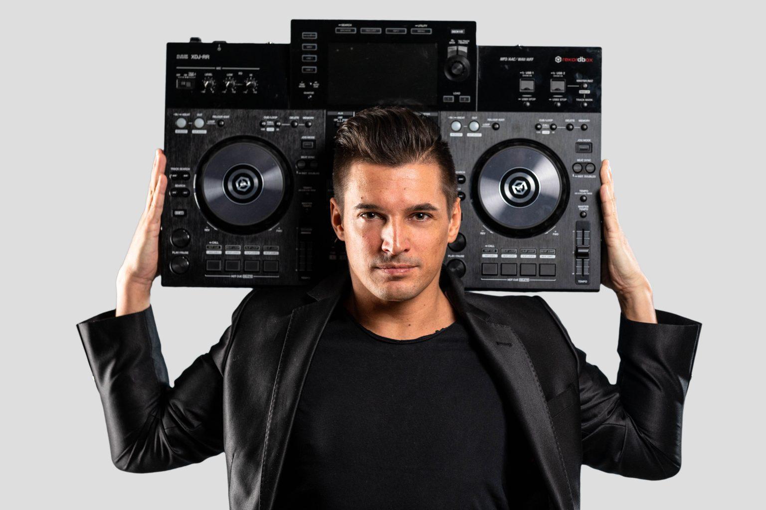 günstiger DJ für Hochzeit