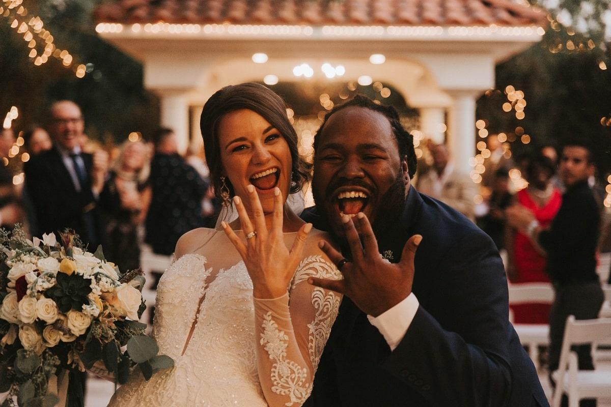 Hochzeits DJ Oline vergleichen